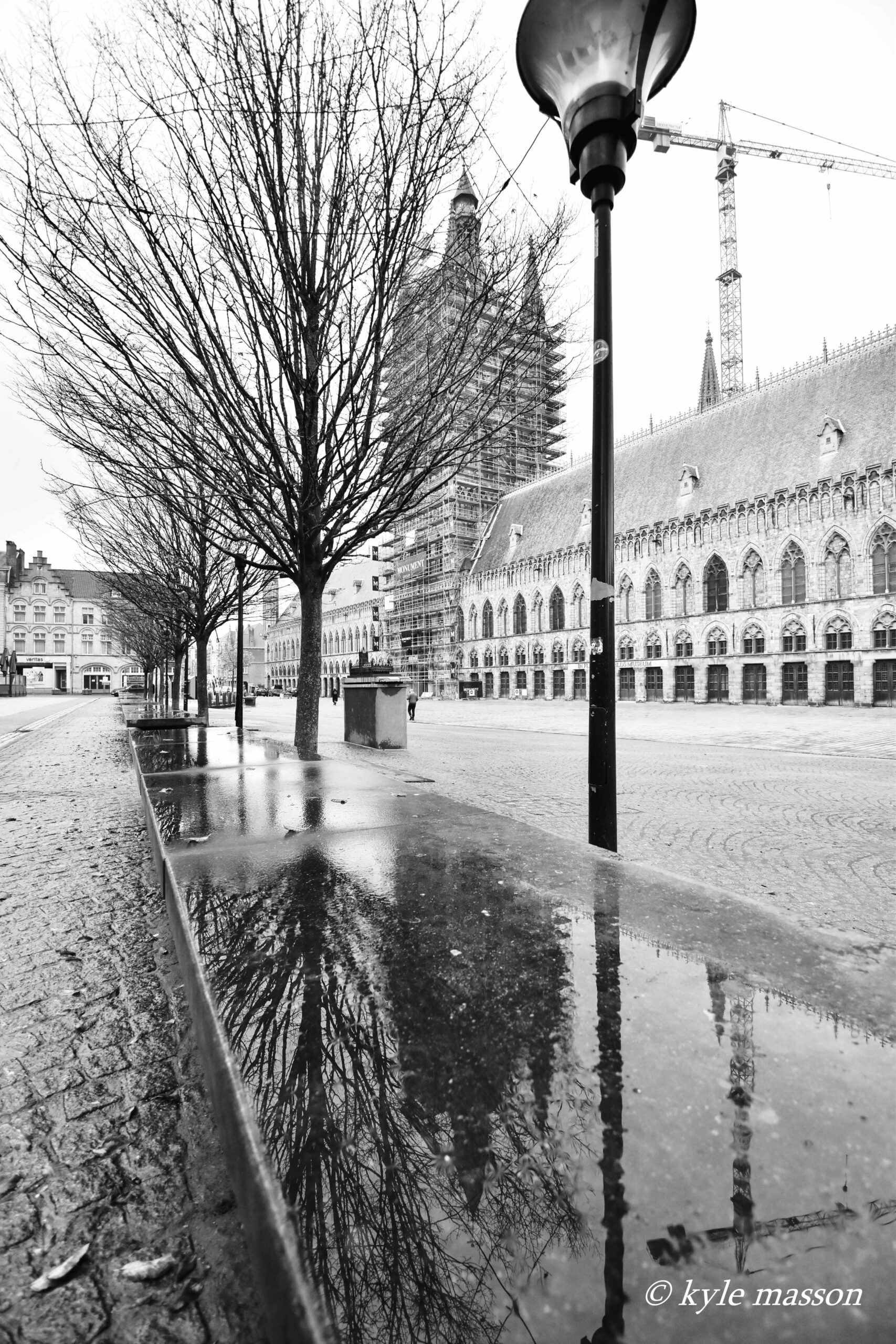 Lakenhallen & Grote Markt van Ieper